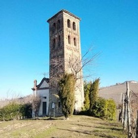 Tall tower at Mainerdo Vineyards in Piedmont region, Italy