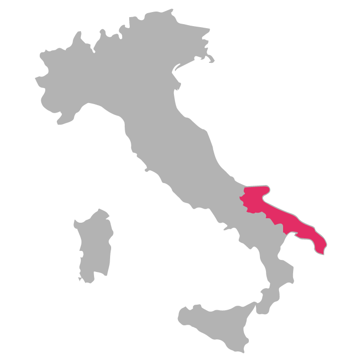 Puglia wine region highlighted in pink on a map of Italy
